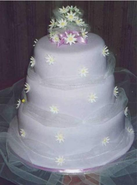 3 tier purple wedding cake 3 tier wedding cake in light purple 10239
