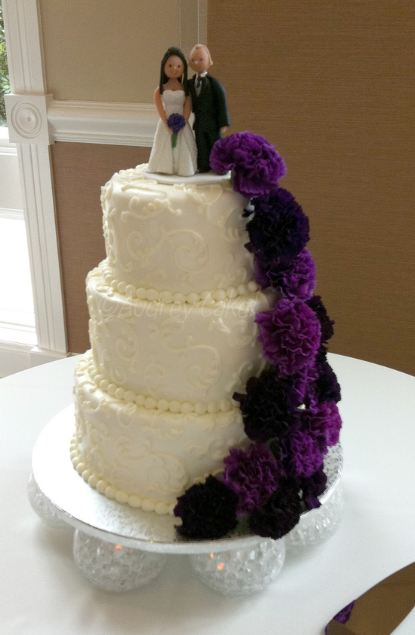 3 tier purple wedding cake 3 tier white wedding cake with and groom toppers and 10239