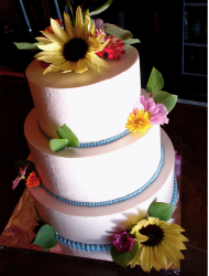 Fresh flowers wedding cake topper.PNG