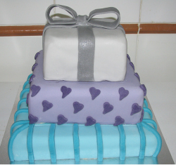Square gift box engagement cake images.PNG