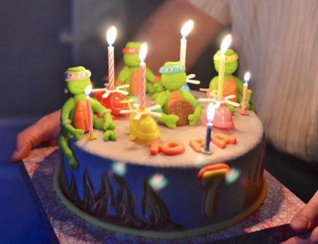 Terrific Tmnt Round 7Th Birthday Cake Jpg Funny Birthday Cards Online Ioscodamsfinfo