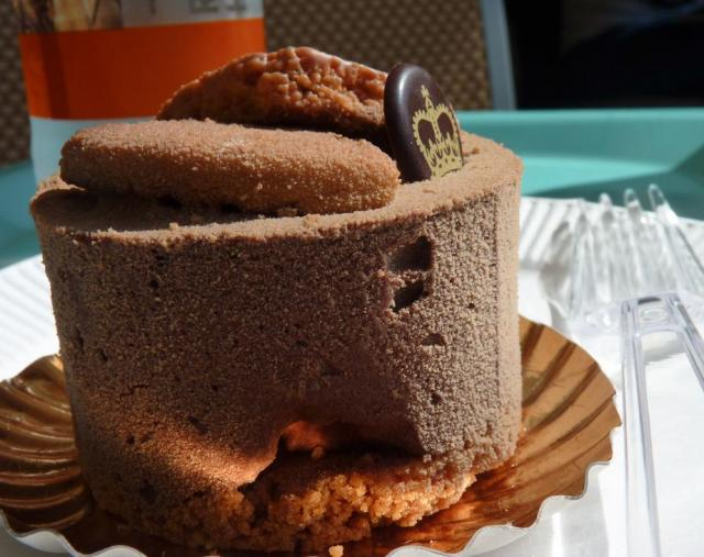 Round chocolate bread cake.JPG Hi-Res 720p HD