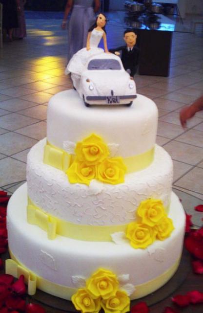 three tier wedding cake with roses three tier white wedding cake with yellow roses and 20956