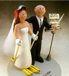 Image of personalized wedding cake topper.PNG