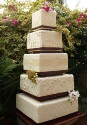 5 tier square ivory wedding cake with Chinese wedding character on third tier.JPG