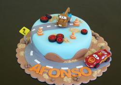 Mater and Lightning McQueen Cars cake in round blue.JPG