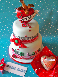 Two tiers Christmas cake decor ideas with big heart cake topper with a bird.PNG