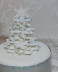 White holiday tree cake photo.PNG