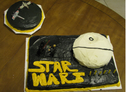 Pictures of birthday cake star wars.PNG