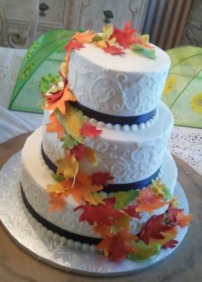 Round 3 Tier Wedding Cake With Autumn LeavesJPG