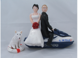 Jetski Cake Topper Couple with their dog.PNG
