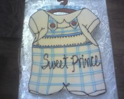 Baby shower cake for baby boy.jpg