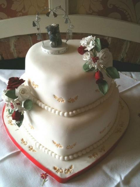 wedding cakes heart shaped 3 tier 2 tier shaped wedding cake with pearl strings jpg 24484