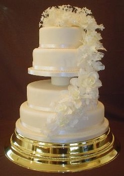 Flower Cakes on Elegant Wedding Cakes With White Flowers