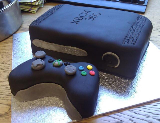 Birthday Cakes Xbox 360 ~ Xbox cake and cupcakes cakecentral