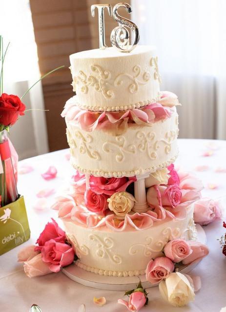 Wedding Cakes With Columns