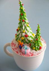 Christmas theme cake in a cup cupcake with Christmas trees and presents.JPG