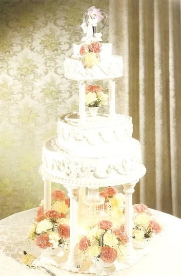 Fountain Wedding Cakes Wilton Cake W Fresh Flowers Jpg