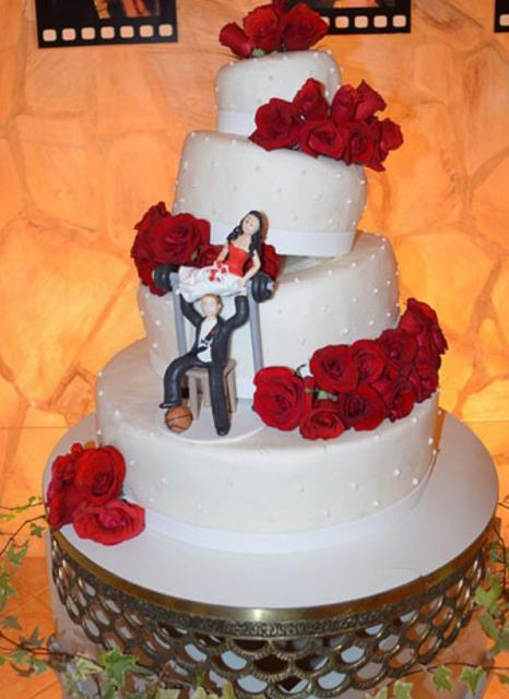 Humorous 4 Tier Round White Wedding Cake With Red Roses And Groom Bench Pressing BrideJPG