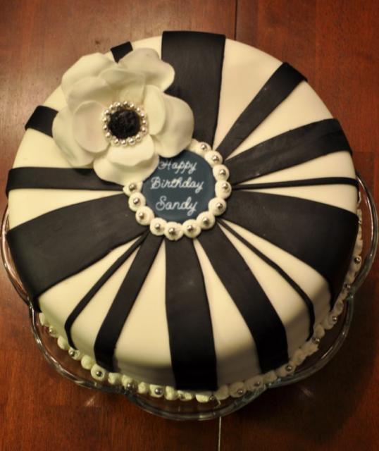 Flowers On Top Of Birthday Cake Flowers Healthy