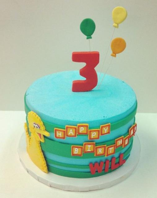 Birthday Cake Images For 3 Year Old Boy : Big bird round birthday cake for 3-year-old.JPG (1 comment)