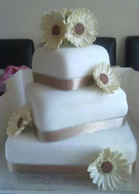 3 Tier Square White Wedding Cake With Offset Stacking And Gold Bands And Whit