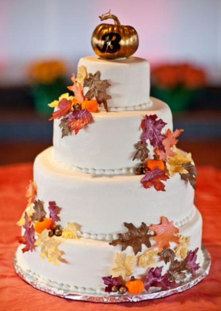 wedding cake fall colors autumn theme 4 tier wedding cake with fall foliage 22591