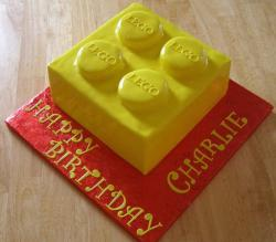 Lego block birthday cake.jpg