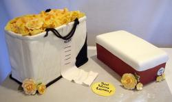 picture of Purse and Shoebox Cake.jpg