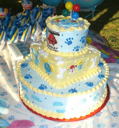 Three tiers Blues Clues cakes pictures.PNG