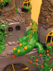 castle cake dragon