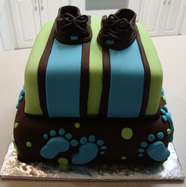 Baby shoe cake baby stuff pinterest for Baby footprints cake decoration