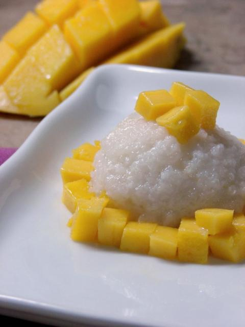 Mango Sticky Rice_a great Thai desert.jpg