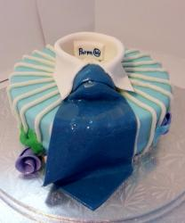 Round Father's Day Cake with Collar & Blue Tie.JPG