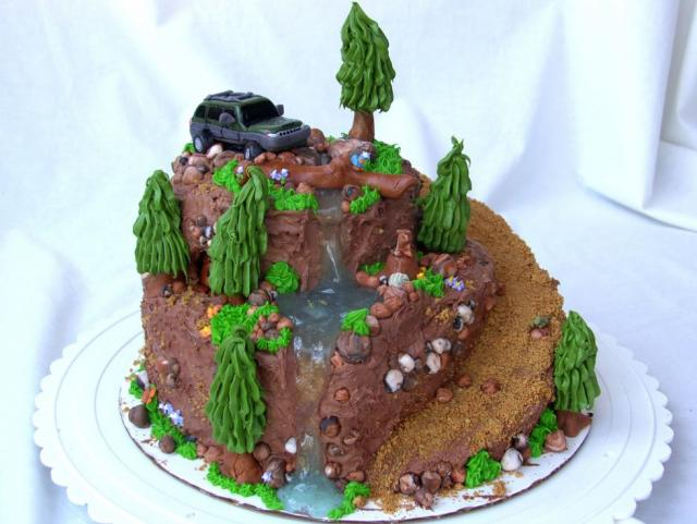 SUV adventure theme chocolate cake.JPG