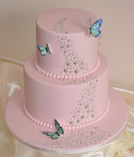 Images Of Pretty Birthday Cake : beautiful birthday cake picture with butterflies and cake ...