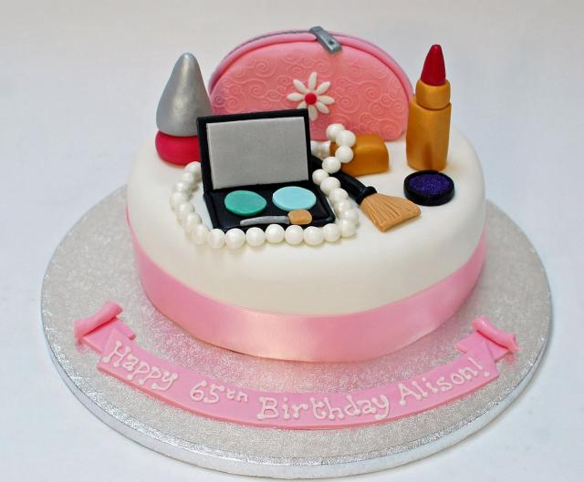 Birthday Cake Pics For Ladies : Make Up Cosmetics Kit 65th Birthday Cake for Woman.JPG Hi ...