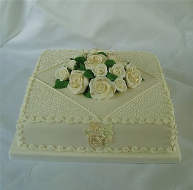 simple 1 tier square wedding cakes square wedding cake with 1 tier and flowers 19904