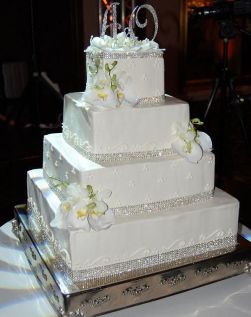 Four Level Square White Wedding Cake With Shiny Diamond