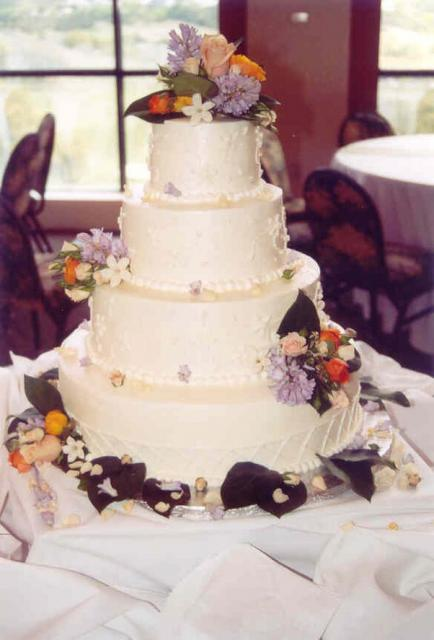 Four Wedding Cake Wtih Flowers Picture Hi Res 720p HD