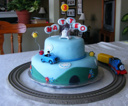 Two tier Thomas the train theme with Harold helicopter with cars and Thomas the train.PNG