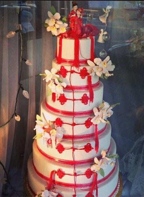 red and white wedding cake decorations 7 tier white wedding cake with theme and 19098