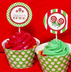Red and green birthday cupcakes.JPG